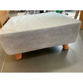 Low level footstool