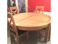 Solid wood round family table brilliant condition