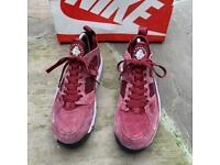 Nike air huarache trainers size 6