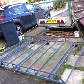 Heavy duty van roof rack