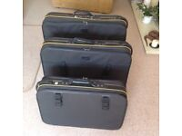 Set of 3 used suitcases