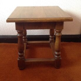 Oak small occasional Table.
