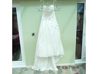 A-line satin Ivory wedding dress
