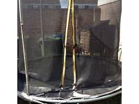 8ft trampoline - perished net/surround