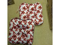 2 Poppy Cushion Pads
