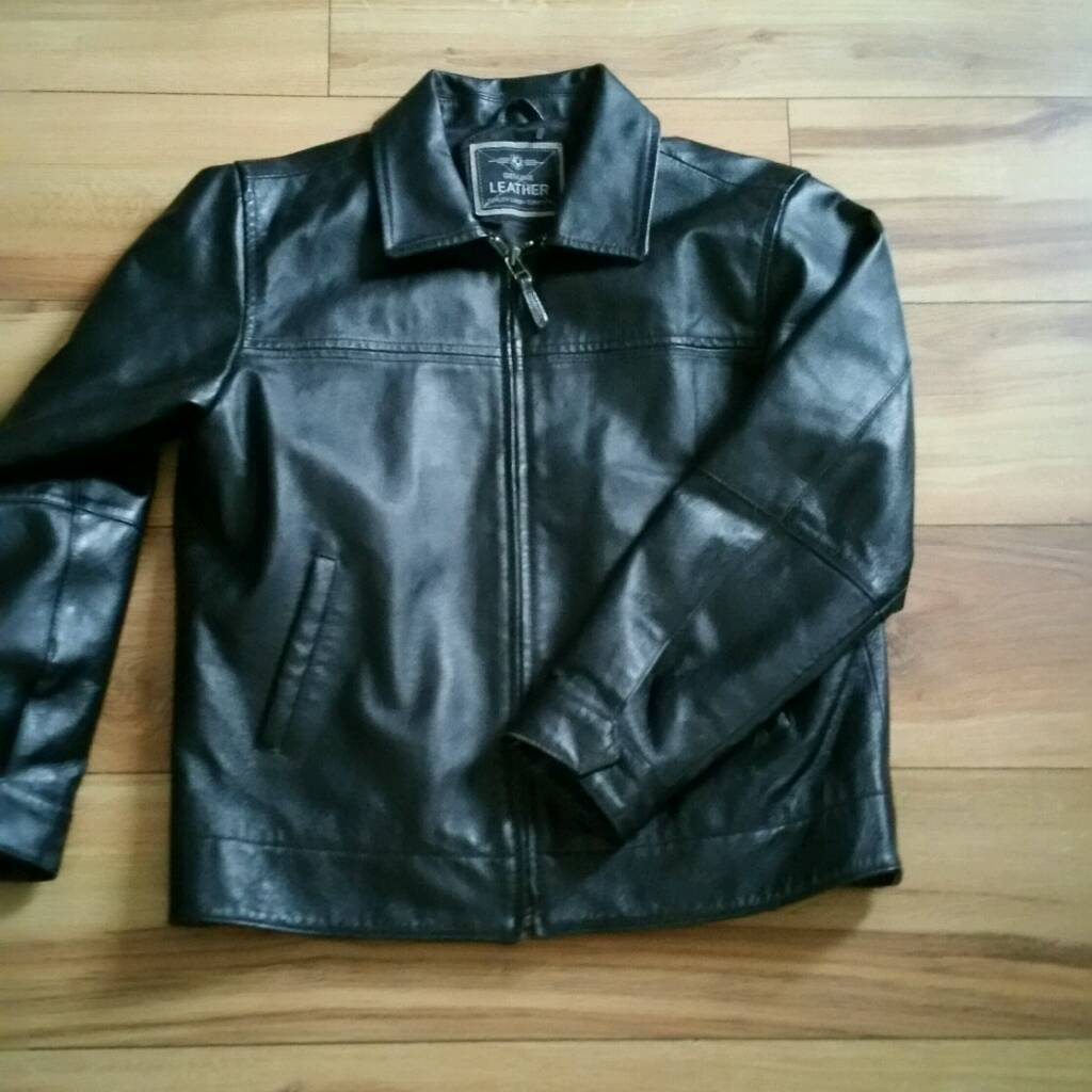 Childs real leather jacket age 9 to 10in Birchgrove, SwanseaGumtree - Childs unisex leather jacket from M&S size 9 to 10 years