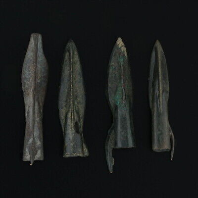 Ancient Arrowheads Spur Trilobate Pyramid Triblade Patinaed Weaponry Lot of 4