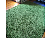 IKEA Hampen Rug in Green, 160x230cm, good condition, synthetic fibre.