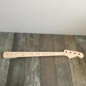 Fender Precision Bass Maple Neck PMO