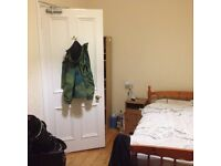 1 Bedroom in a student flat to rent in Leith