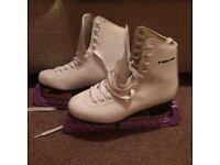 Freesport White Ice Skates