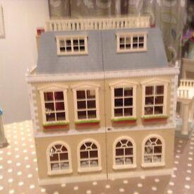 Sylvanian Families Hotel / Grand Mansion