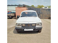 Left hand drive Peugeot 504 2.3 GRD 94 HP Renforce 7 seats mini bus.