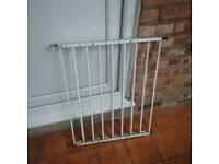Baby Safety Gate for Doors and Stairs