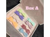 8 Glitter Hair Bows Box