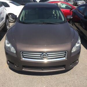 2012 Nissan Maxima Panaromic Roof  Leather No accidents