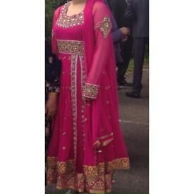 Stunning pink split Asian dress