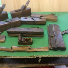 VINTAGE WOODEN SMOOTHING PLANES
