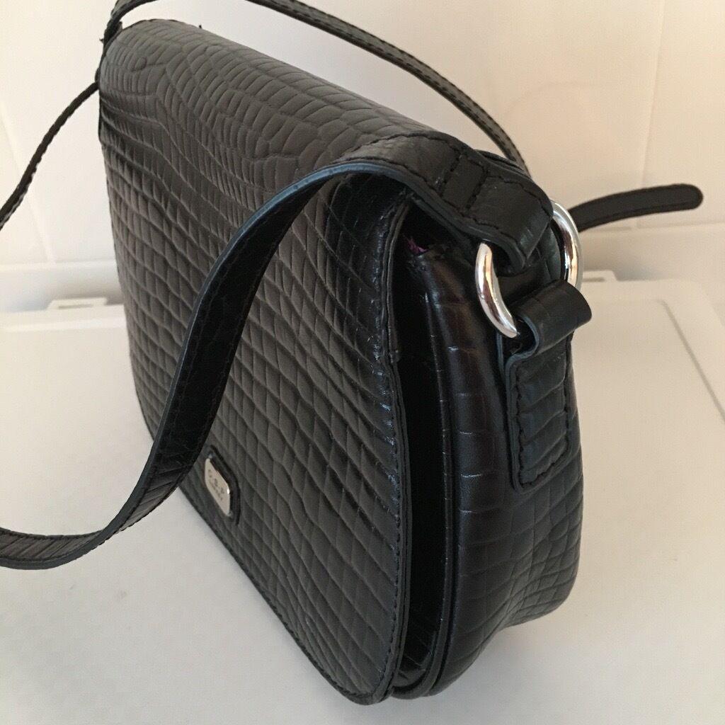 O S P Osprey By Graeme Ellisdon Classic Black Leather Cross Body Bag