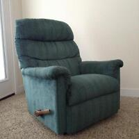 The MOST Comfortable Lazy-Boy Recliner FOR SALE, great condition