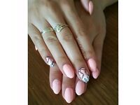 Mobile Gel polish Nails BOW, around Stratford