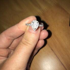 Stunning ENGAGMENT ring