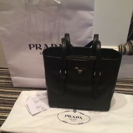 GUARANTEED GENUINE BN PRADA BLACK TOTE BAG COMPLETE WITH DUSTBAG CARDS AND STORE GIFT BAG RRP £1250