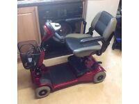 STIRLING LITTLE GEM 2 CAR BOOT SIZED MOBILITY SCOOTER WITH NEW BATTERIES FITTED FOR PIECE OF MIND
