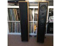 Mission 773 floorstanding speakers with manual in great condition