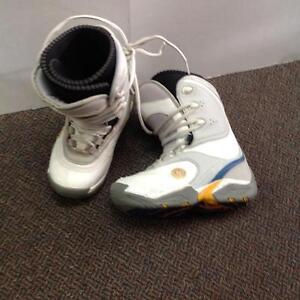 HealSide Snowboard Boots -W size 7- white/blue/yellow (sku: Z14836)