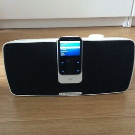 Creative Vision M player and Playdock Z500 speaker dock