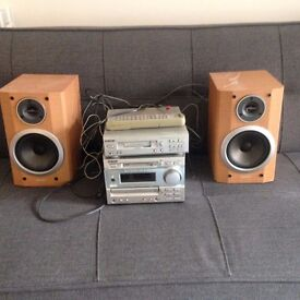 Sony DHC-MD373 and TCTX373 with speakers - used