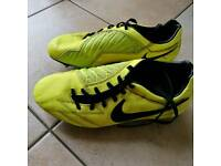 Football boots Nike T90 size 8.5 used