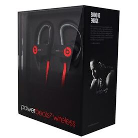 **SEALED** POWER BEATS 2 WIRELESS HEADPHONES IN BLACK BRAND NEW POWERBEATS 2 AND INCLUDES WARRANTY