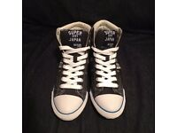 Brand new Superdry high-tops sneakers with concealed edge, dark grey, size UK 5