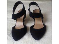 Black new look heels size 5 worn once