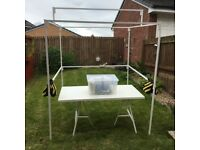 6ft x 6ft Walk In Market Stall with Car friendly short bars