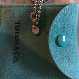 Tiffany necklace/pendant, excellent Xmas gift