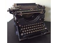 Vintage Underwood Typewriter