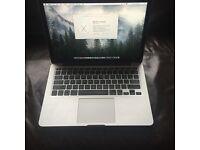 Early 2015 MacBook Pro 13'3 Retina Display 2.7Ghz i5 8Gb Ram 128 Gb Drive. MacOS Sierra