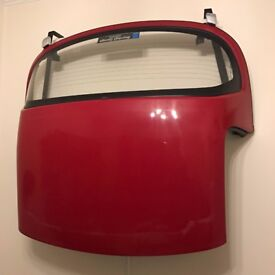 Original Mazda MX-5 hard top roof for mk 1 / 2 / 2.5. Red. Wall mounting brackets also available.