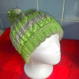 Hat hand knitted
