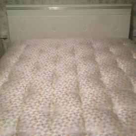 King size bed with Hypnos Ortho top grade mattress in excellent condition
