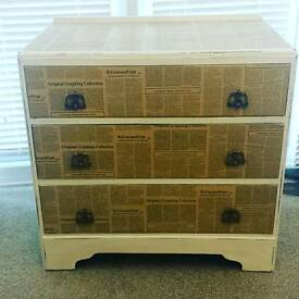 Unique service of drawers