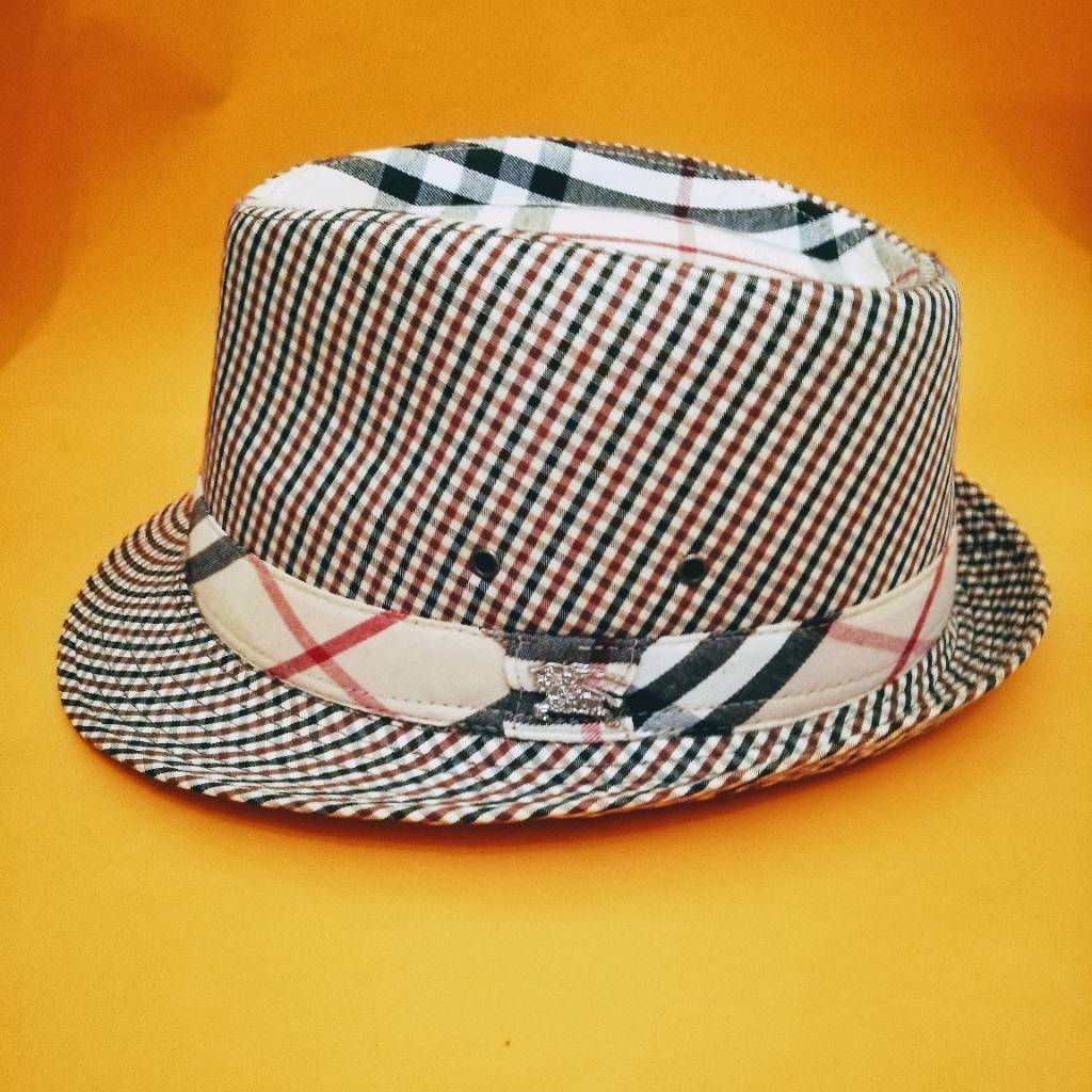 e855dbc81b9 Burberry Trilby Hat