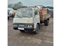 Left hand drive Nissan Cabstar BH40 3.3 diesel 6 tyres 3.5 Ton truck