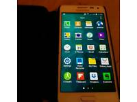 Samsung Galaxy alpha- white o2
