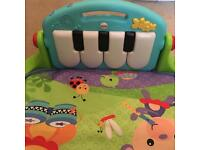 Fisher price piano baby play gym mat