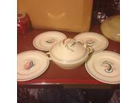 Susie Cooper Tauren with 4 plates rare fish design