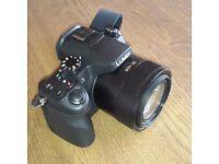 Super-zoom bridge camera